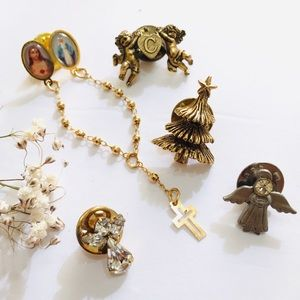 Jewelry - 5 Pcs lot of Religious Jewelry Pins